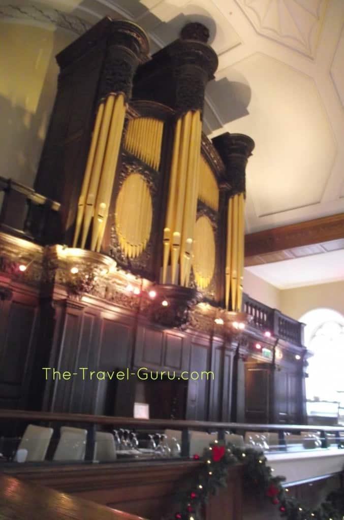 Organ in Church Dublin, Ireland