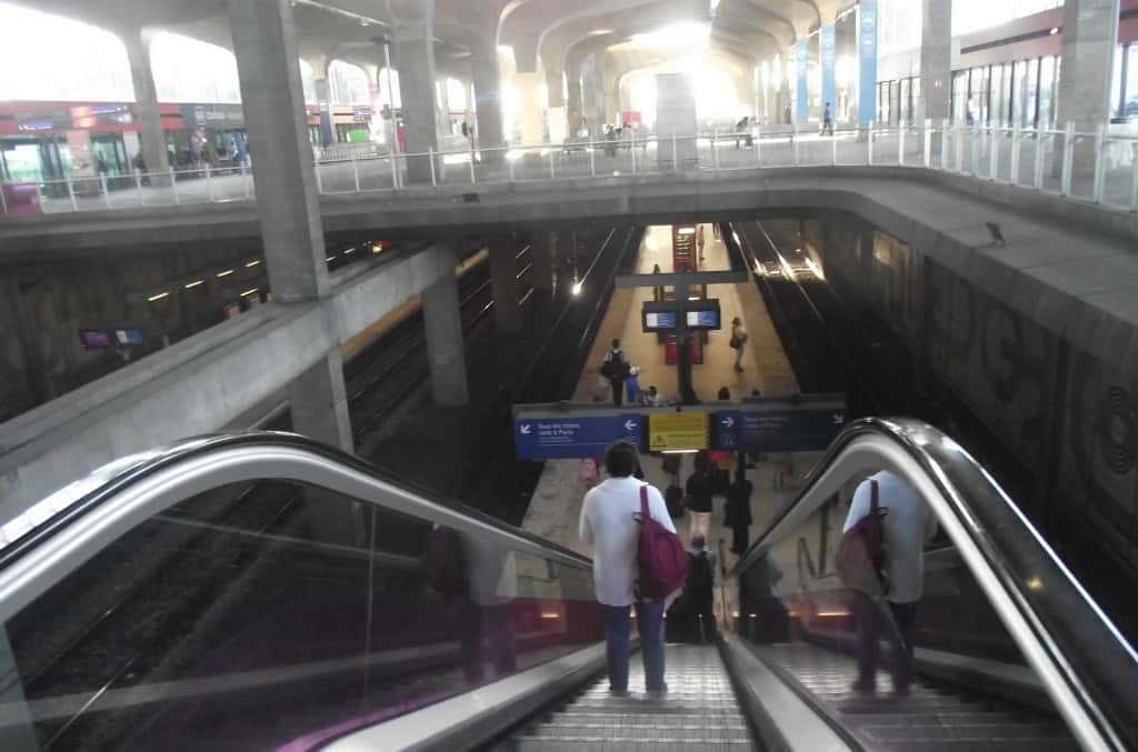 Getting to Paris from Charles De Gaulle airport